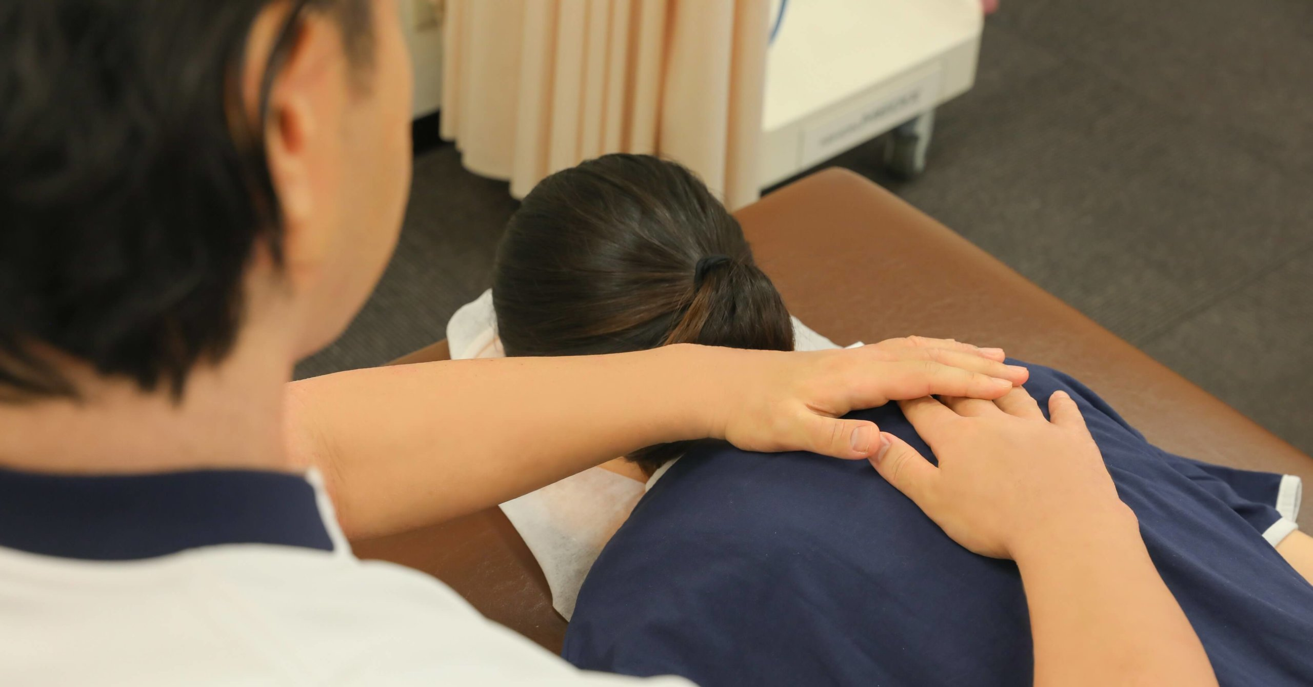 臨床延べ患者数10万人以上の施術実績で